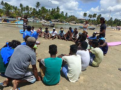 group surf instructor training sri lanka