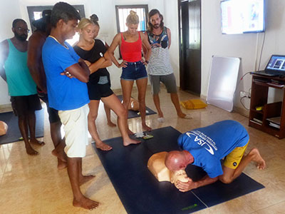first class surf coaching