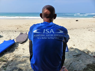 sri lanka surfing paradise
