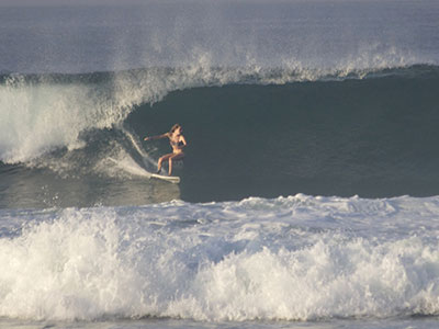 big waves in sri lanka