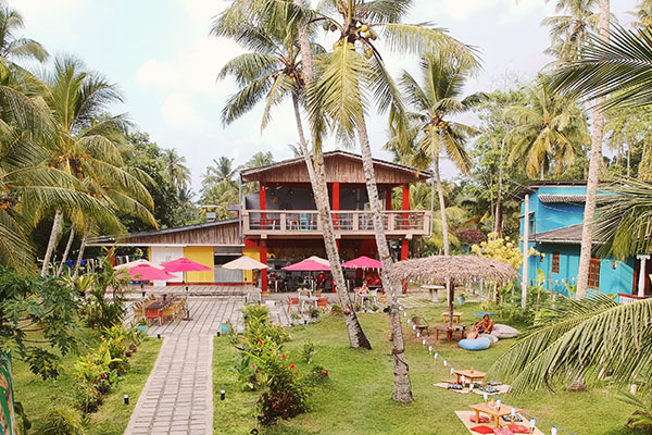 mellow hostel outside